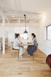 リビングに集う家族の空間、ダイニングキッチン
