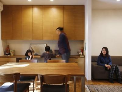 「株式会社エキップ」の戸建リノベーション事例「空き家になった実家の二世帯住宅の一世帯をフルリノベーション」