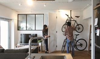 リノベる、自転車、室内