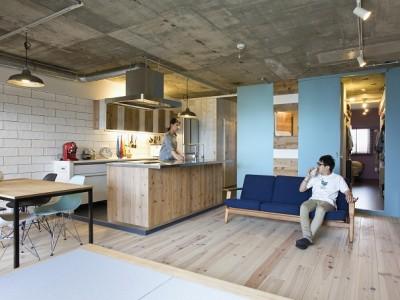 「株式会社リビタ」のマンションリノベーション事例「眺望の良さとこだわりの素材感を楽しむ」