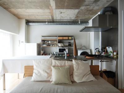 「Re-CRAFT」のマンションリノベーション事例「1LDKにリフォーム済みのマンションをさらに開放的なワンルームに!」