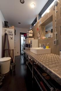 ハコリノベ、サンリフォーム、洗面所、サニタリー、鉄板