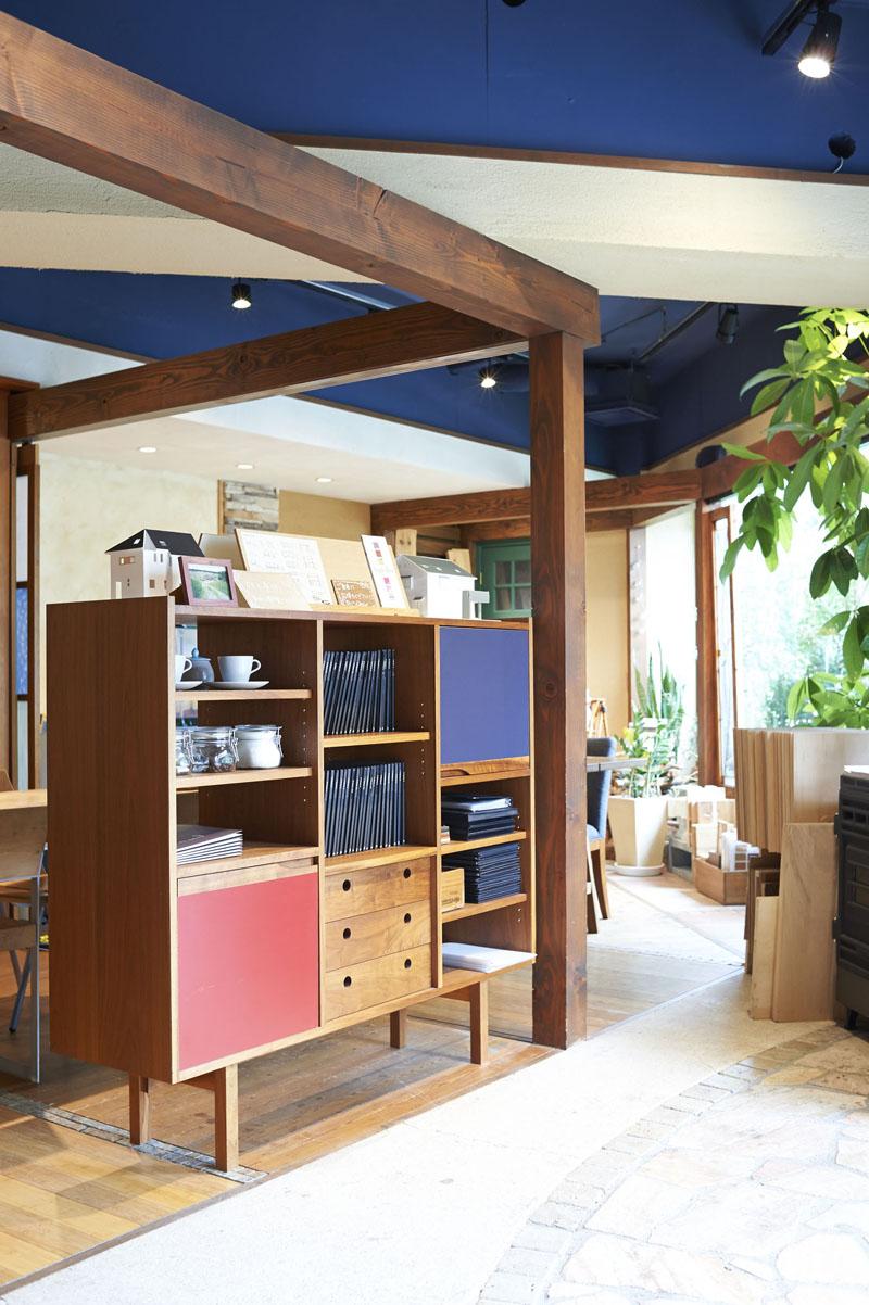 「リノベの最新情報」の「【スタイル工房 浜田山店】リラックスして打ち合わせできるカフェのような空間」