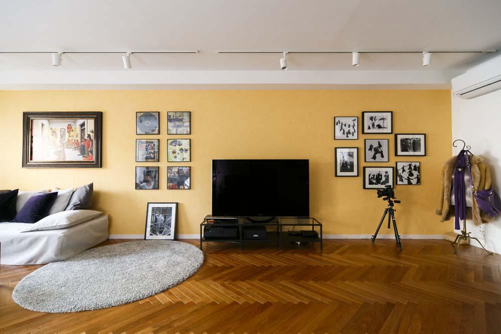 「インテリックス空間設計」のリノベーション事例「プライベートギャラリーを兼ねたLDKでアートを楽しめる家」