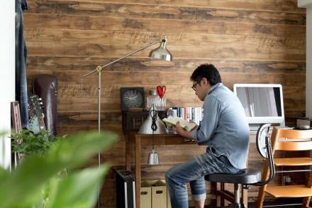 ハコリノベ、サンリフォーム、和室リノベーション、書斎、ワークスペース、板張り壁、60~70年代風