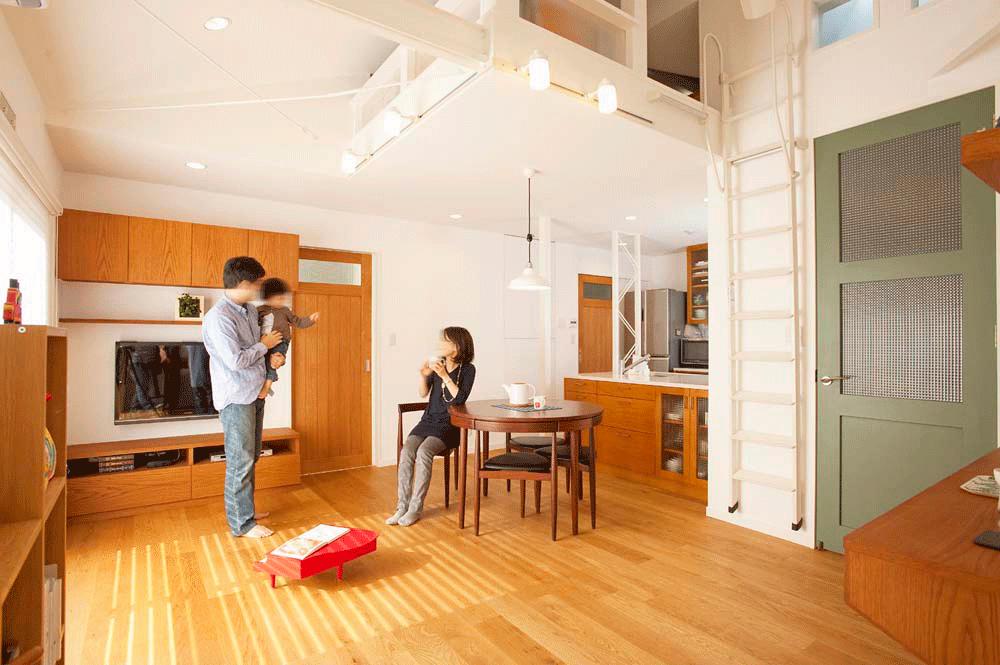 「スタイル工房」のリノベーション事例「実家の2階部分をリノベーション ロフトのある開放的なLDKを実現!」