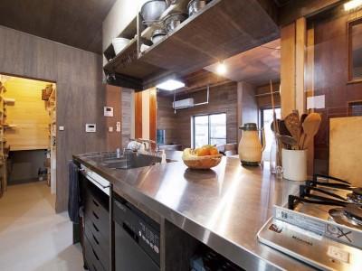 「総合建築職人会」のリノベーション事例「オールドジャンクな家」