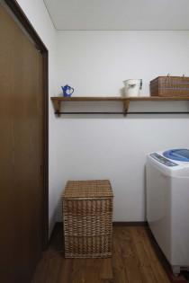 飾り棚、洗面室、洗濯機、スタイル工房