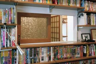 石井大吾、書斎、室内窓、木製サッシ型板ガラス