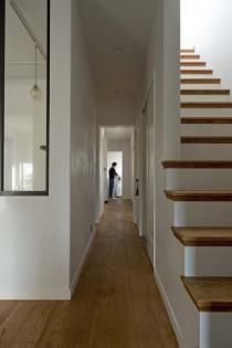 廊下、収納スペース、ウッディな床、ナチュラル、グラデン