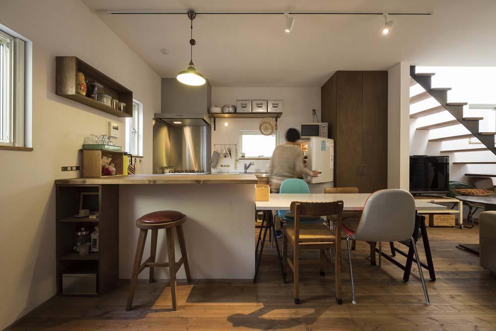 「総合建築職人会」のリノベーション事例「両親とほどよい距離で暮らすため隣の空き家をフルリノベーション!」
