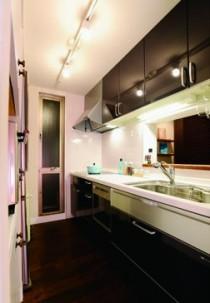 キッチン、モダン、小窓、すむ図鑑