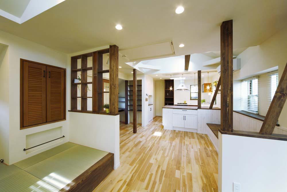 「One's Life ホーム」のリノベーション事例「ワンフロアで各個人のスペースを確保。ほどよい距離感の家」