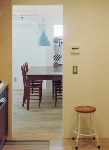 石井大吾デザイン室一級建築士事務所、建築家のリノベーション、LDK、ダイニング、足場板