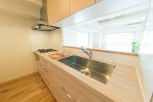 キッチン、収納、明るい、対面式キッチン、Beat HOUSE