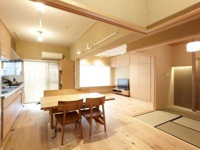 「リノベーション東京」のリノベーション事例「取得価格を抑えるために内装リフォームもされていない安い物件を敢えて購入する」