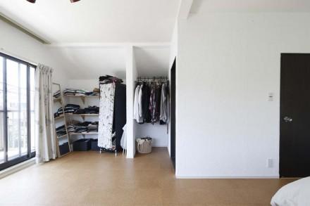 寝室、ベッドルーム、コルクタイル、収納、スタイル工房