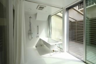 浴室、バスルーム、デッキ、遮光カーテン、リビタ
