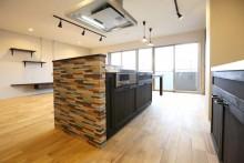 キッチン、こだわりの面材、照明、おしゃれキッチン、KULABO