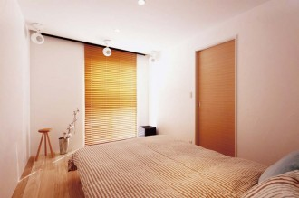寝室、ベッドルーム、キリ材、桐、漆喰、吸放湿性、スタイル イズ スティルリビング