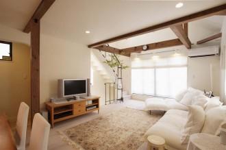 リビング、無垢材、自然素材、明るい、採光、開放感、スタイル工房