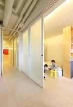 スライドドア、半透明、採光、プラスエム・アーキテクツ