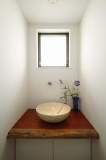 手洗い場、天板、ニッチ窓、造作、すむ図鑑