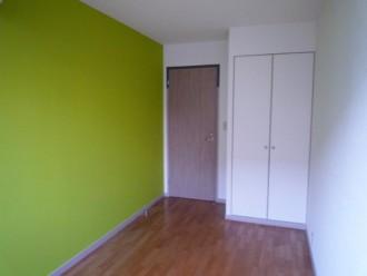 プレイルーム、子供部屋、キッズスペース、アクセント、クロス、壁紙、ロクサ