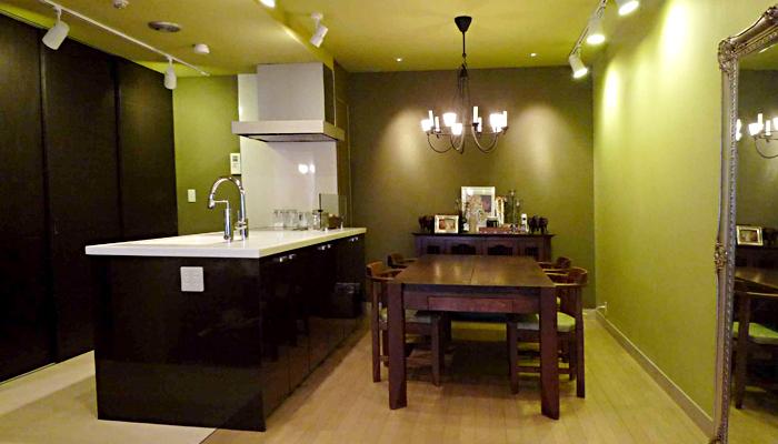「ROKUSA」のリノベーション事例「グリーン&洋書LIKEな空間~イメージは海外ドラマの主人公のお家」