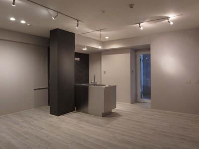 「ROKUSA」のリノベーション事例「New York , New York〜回遊性のある家〜」