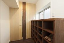玄関収納、靴箱、隠蝶番、リノベーション東京