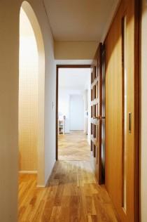 玄関、ホール、アール壁、廊下、収納、ナラ無垢、スタイル工房
