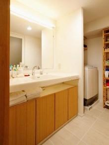洗面、人工大理石、造作、収納棚、スタイル工房