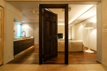 ガラス、パーテーション、アンティーク、木製ドア、QUALIA、クオリア