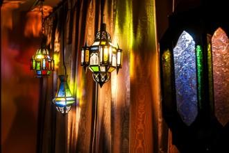 ベッドルーム、照明、クロス、壁、モロッコ調、QUALIA、クオリア
