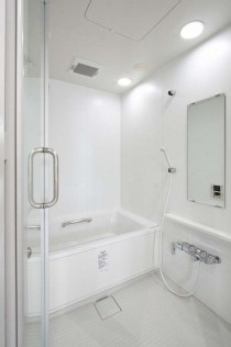 浴室、白基調、ダウンライト、ガラス、扉、アレックス