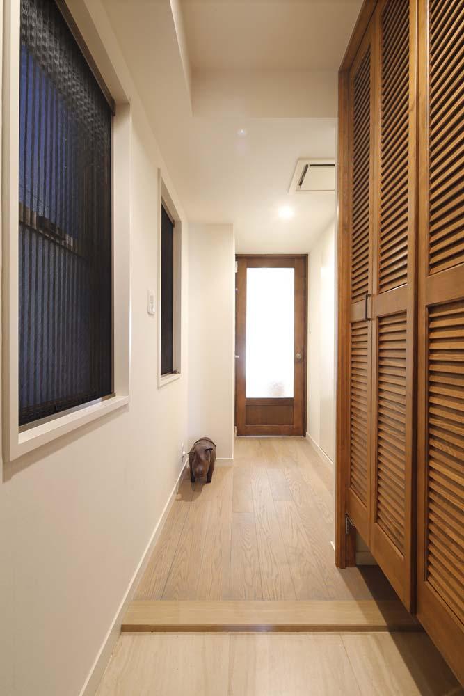 オーク材、三層無垢、廊下、スタイル工房