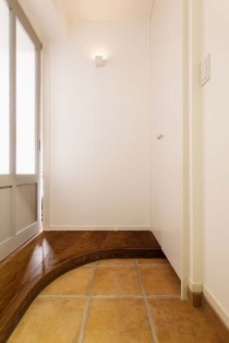 かまち、アール、玄関、タイル床、スタイル工房