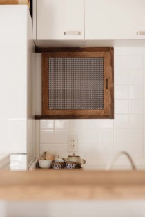 室内窓、モザイクガラス、キッチン、木枠窓、スタイル工房