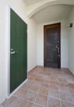 床、タイル、ドア、塗装、すむ図鑑