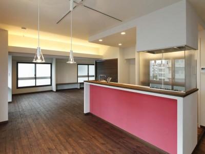 「One's Life ホーム」のリノベーション事例「キッチンを間取りの中心に」