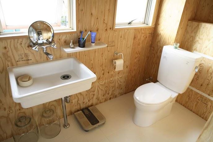 洗面、トイレ、タイル、床、木材、リノベーション東京