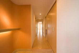 玄関、廊下、エントランス、飾り棚、入口、リノベーション東京
