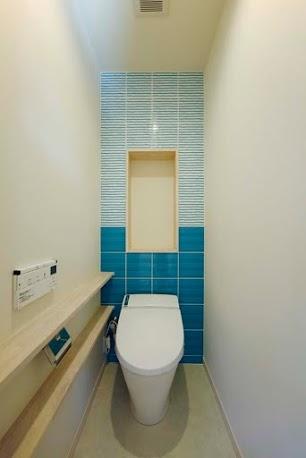 トイレ、飾り棚、ニッチ壁、タイル、ロクサ