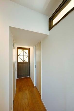 リビング、建具、造作、ガラス、ドア、木製、廊下、ロクサ