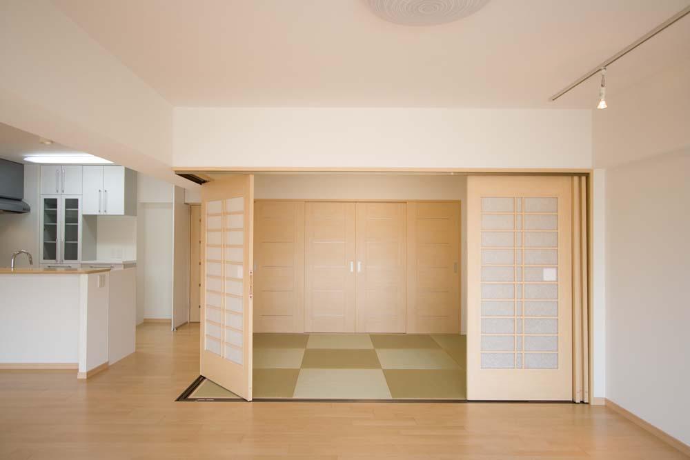 ダイニング 畳ダイニング 間取り : 和室はリビングのフローリング ...