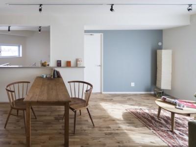 「SHUKEN 株式会社秀建」のリノベーション事例「柔らかな色に包まれた住まい」