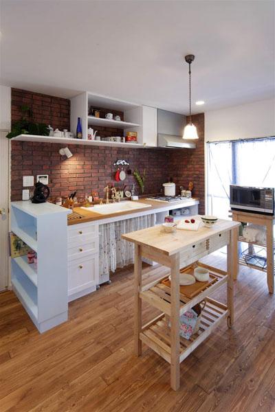 煉瓦、アクセント、キッチン、造作、マンションリノベーション、ロハススタジオ、LOHAS studio