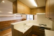 L字型、キッチン、吊り棚、収納、駿河屋