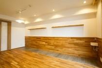飾り棚、水楢、無垢、フローリング、板張り、駿河屋